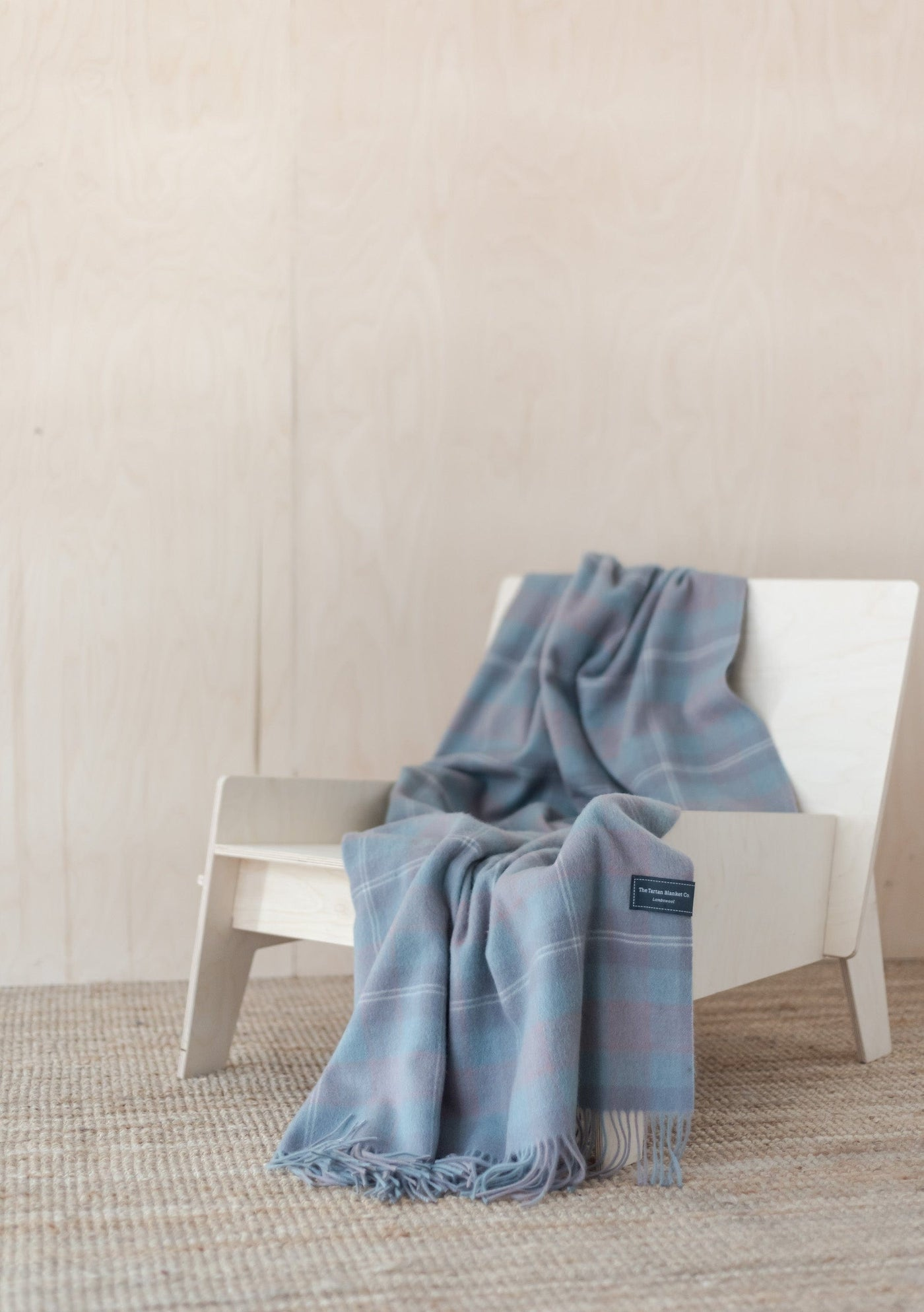 Lambswool Knee Blanket in Misty Pink Check