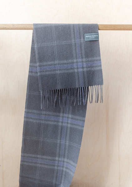 Lambswool Men's Scarf in Persevere Flint Grey Tartan