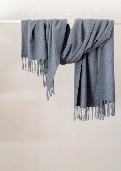 Lambswool Oversized Scarf in Grey Melange
