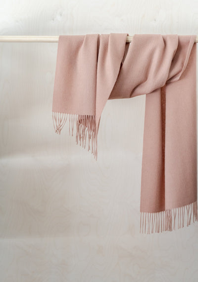 Lambswool Oversized Scarf in Blush