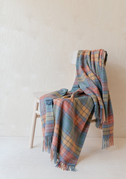 Cashmere Knee Blanket in Buchanan Antique Tartan