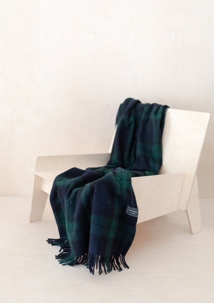 Recycled Wool Knee Blanket in Black Watch Tartan