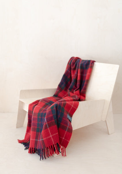 Recycled Wool Knee Blanket in Fraser Red Tartan
