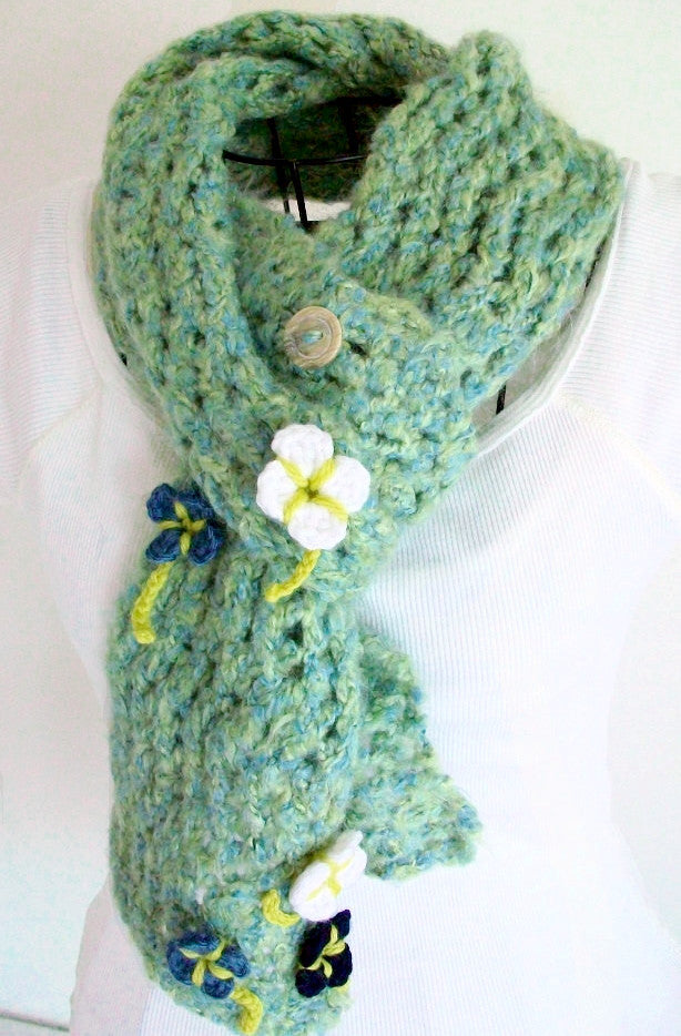 Vintage Style Green Lace Scarf