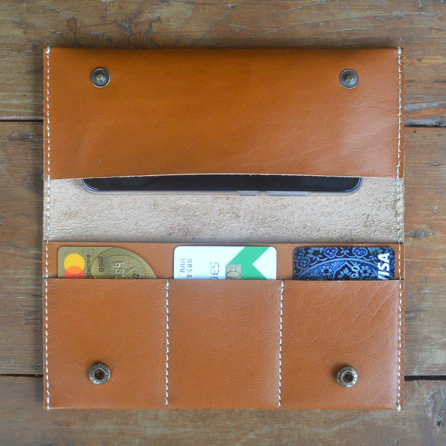 Holder - Leather Women's wallets - Durable Leather Classics - Bear Necessities
