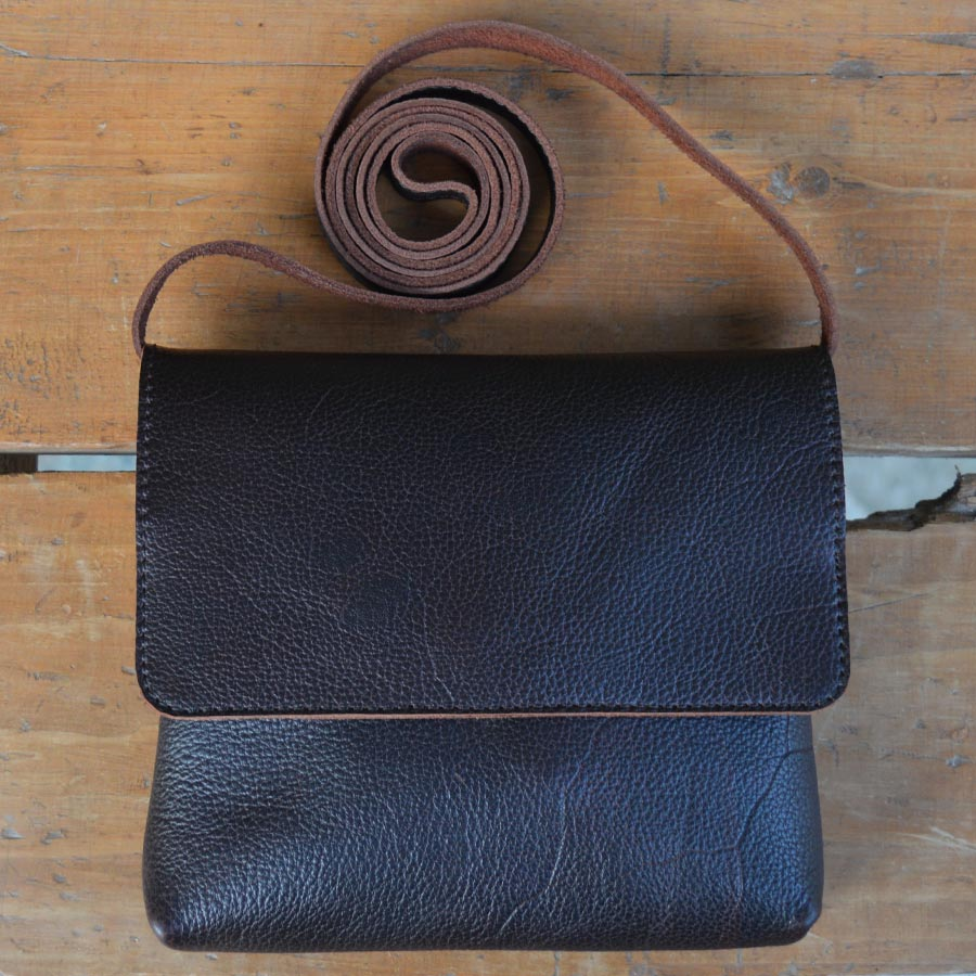 Daisy - Dark Chocolate - Leather Crossbody bags - Durable Leather Classics - Bear Necessities