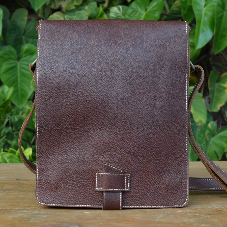 Explorer - Milled Leather - Leather Messengers and satchels - Durable Leather Classics - Bear Necessities