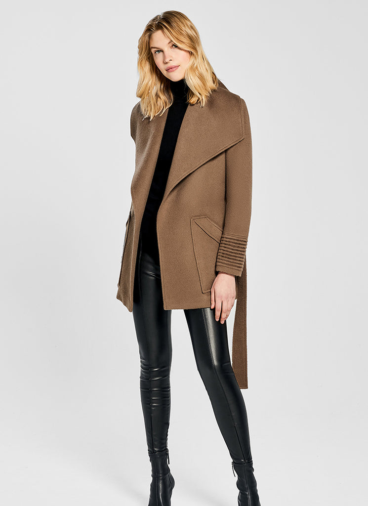 Cropped Baby Wide Collar Coat Sentaler