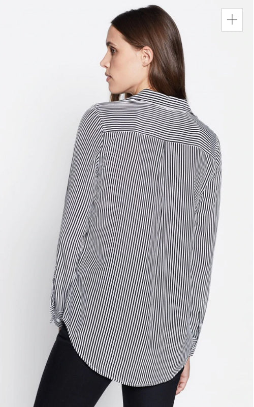 Stripe Essential Shirt Equipment