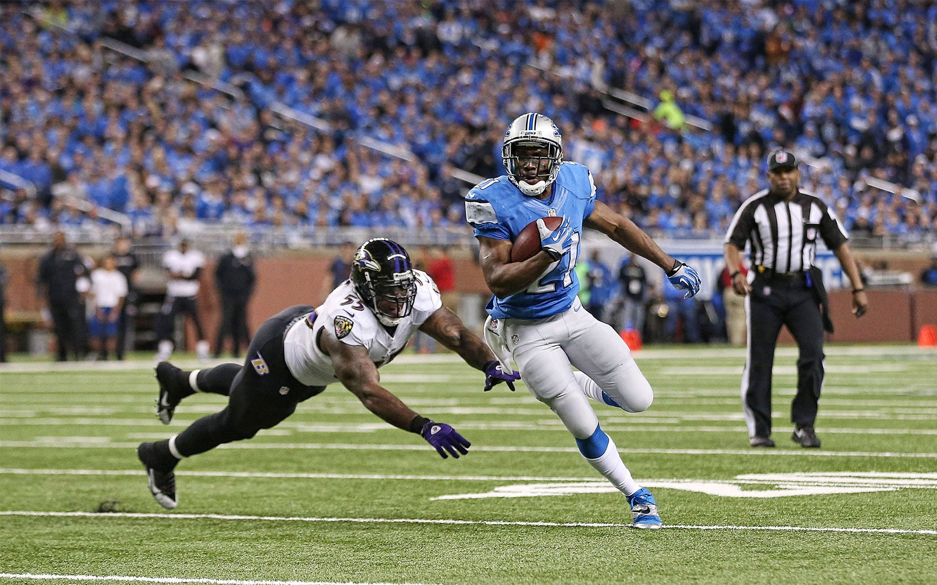 Reggie Bush Detroit Lions pictures