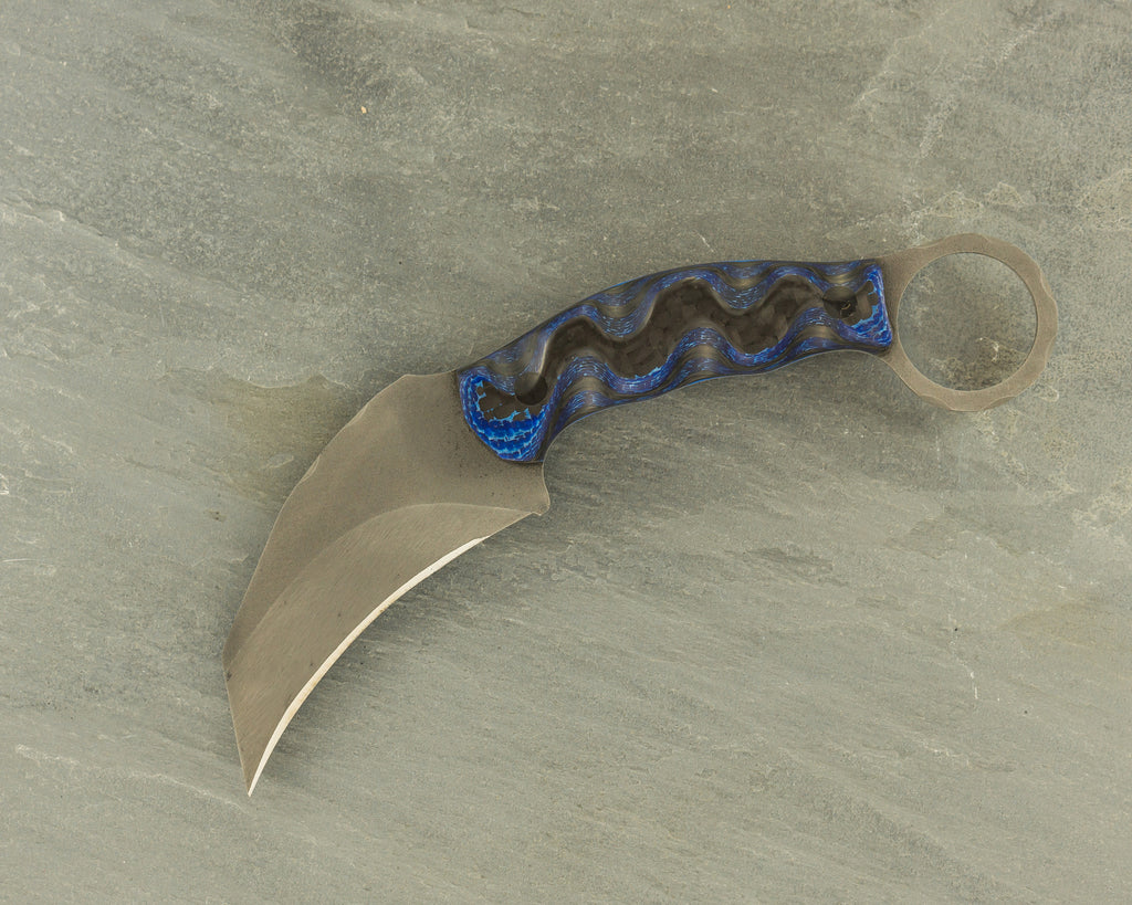Half Face Blades Karambito with Black & Blue Carbon Fiber, s35vn steel & carbon fiber pins