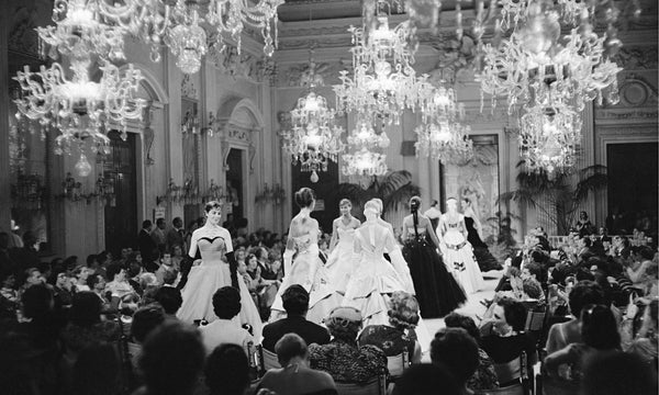 Fashion Treat: Vintage Fashion Show Videos!
