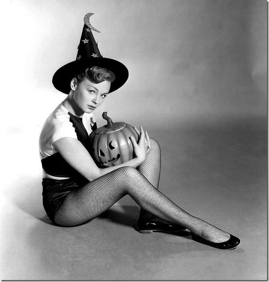 Classic Hollywood actress Etchika Choureau, vintage Halloween pin-up girl photo[4]