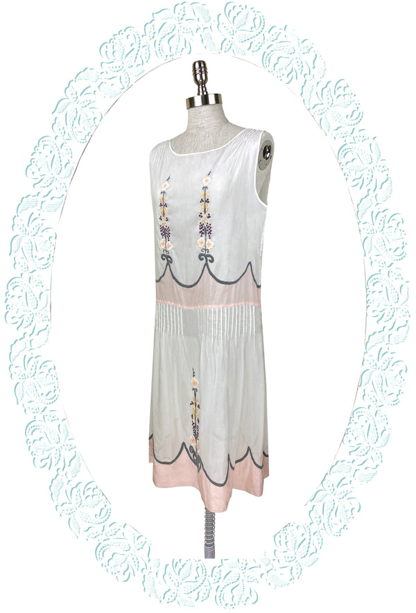 1920's Vintage Embroidered Silk Voile Charmante Dress - White