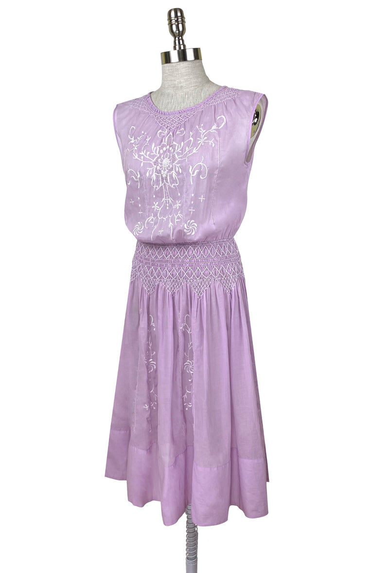 1920's Vintage Embroidered Silk Voile Printemps Dress - Lavender