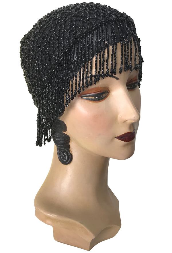 1920s Hand Beaded Gatsby Lattice Flapper Party Cap - Short Fringe - Black Jet - The Deco Haus