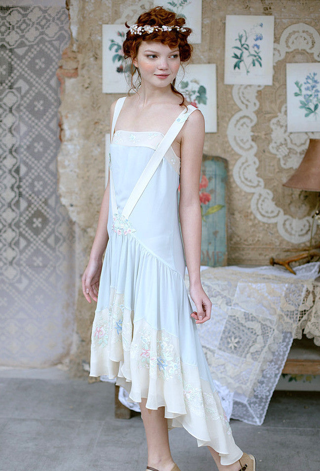1920s Wedding Dresses- Art Deco Style The Les Fleurs Vintage French 1920s Romance Chiffon Gown $224.95 AT vintagedancer.com