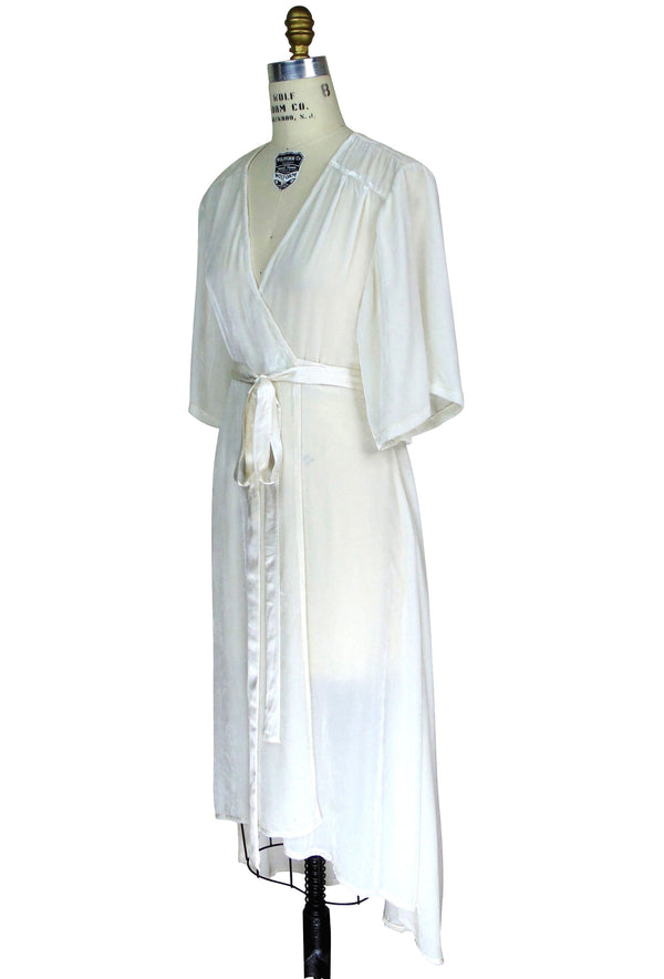 The Femme Fatale 1920s Glamour Vintage Wrap Dress - Ivory Velvet
