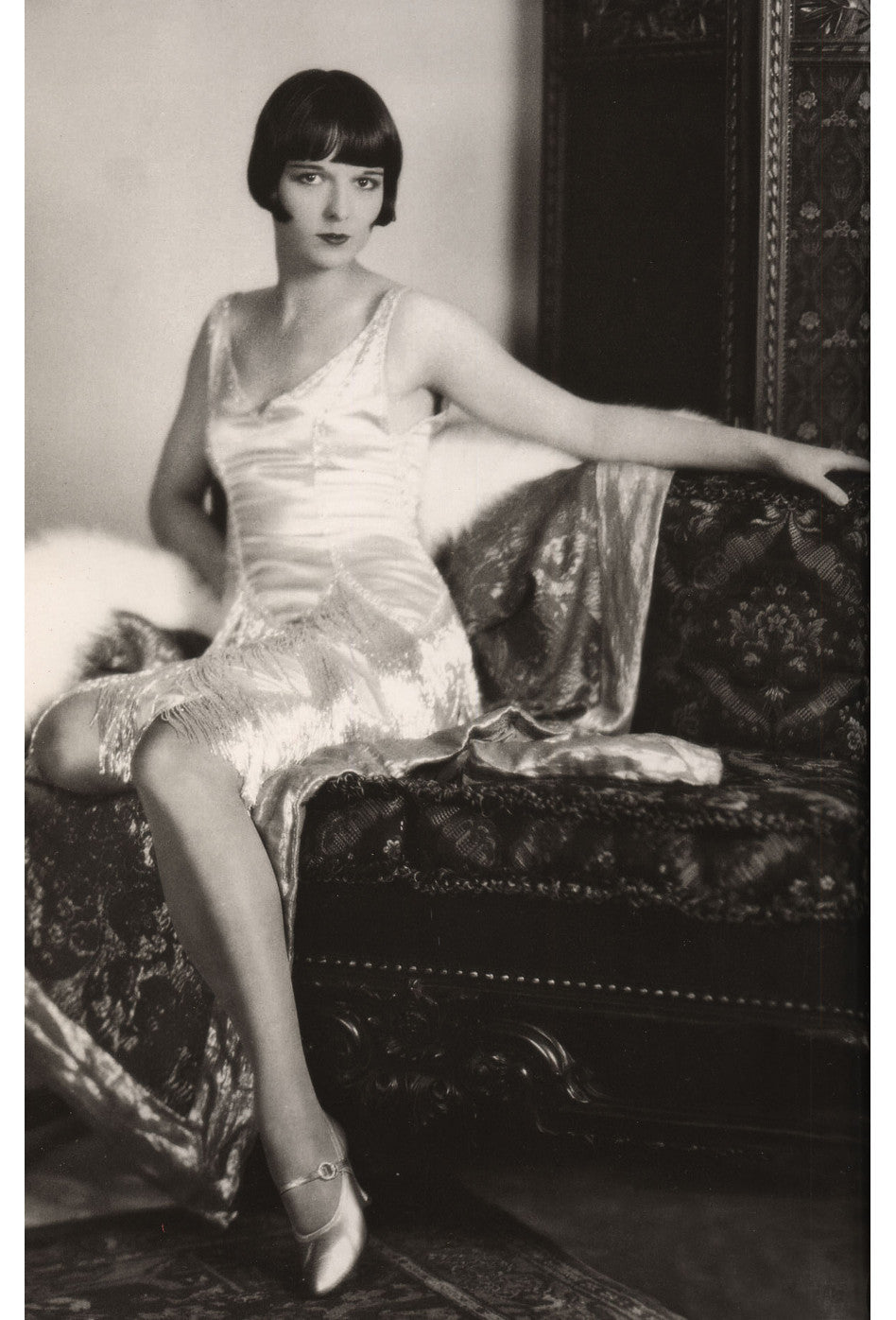 The Louise Brooks Celebrity Beaded Mesh 1920\'s Gown - Silver on ...