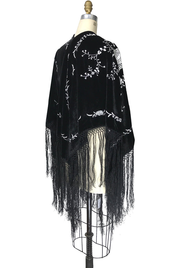 The 1920's Velvet Embroidered Macrame Fringe Piano Shawl Wrap - Black White