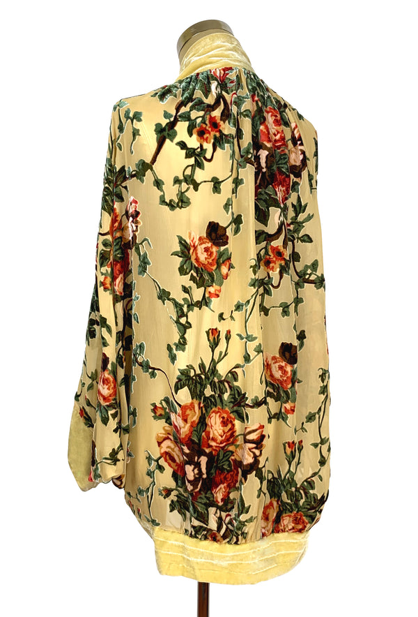 The Art Deco Silk Velvet Burnout Cocoon 1920s Smoking Jacket - Yellow Rose - The Deco Haus