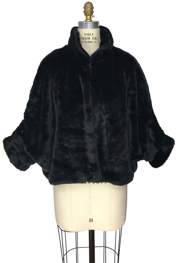 The Holliday Luxury Vintage Faux Fur Collar Batwing Jacket - Black