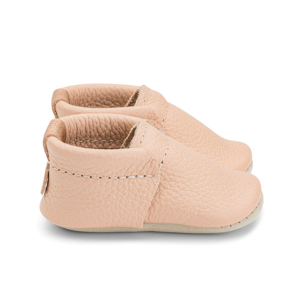 NEWBORN - Blush Shoe Shoe Heyfolks