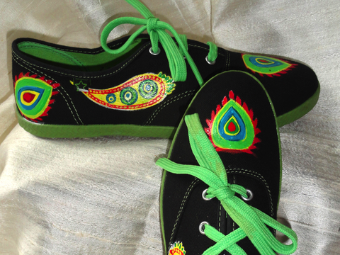 Rangoli design keds. Ethnic indian shoes. Handpainted women's canvas shoes.  Handpainted casuals. Black modern Rangoli. Jooots from Artikrti