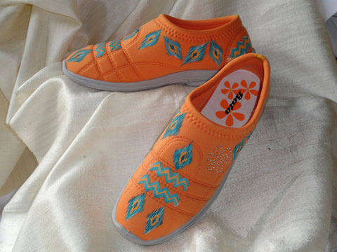 Teen's hand painted sneakers. Ikat design, woman's keds. Ethnic indian sneakers. Hand painted canvas orange shoes. Jooots from Artikrti