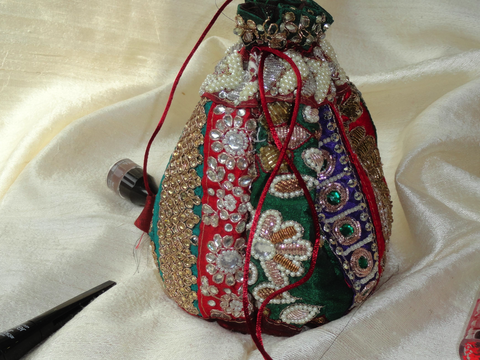 Indian handbag for a wedding party-day or evening. Bride's party bag. Ethnic dress purse. Embroidered handbag . Dressy evening bag. From Artkrti.