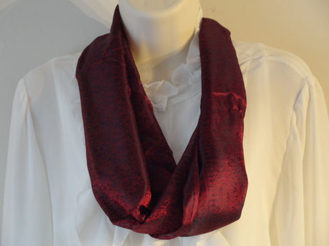 Ethnic, indian, silk scarf, Indian Silk shawl. Burgundy red, hand woven silk scarf, shawl. Indian chic. Ethnic Shawl. From Artikrti