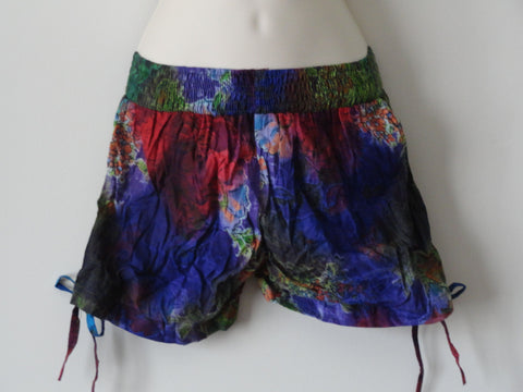 tie and die beach party shorts pom pom shorts artikrti 2