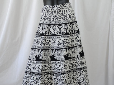 Wraparound skirt. Indian boho, cotton handprinted skirt. Maxi, long, black and white, ethnic, Indian skirt. From Artikrti.