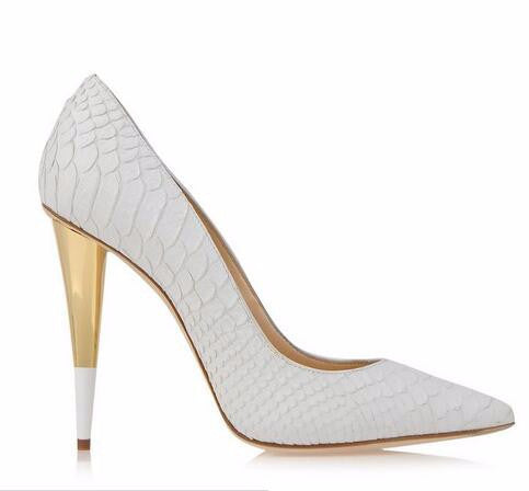 Bond Girl Pumps