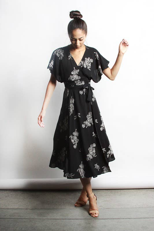 KEHLANI FLORAL WRAP DRESS - BLACK