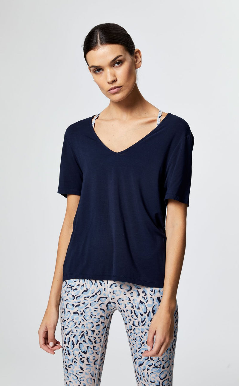 HOLLY V-NECK TEE IN NIGHTFALL