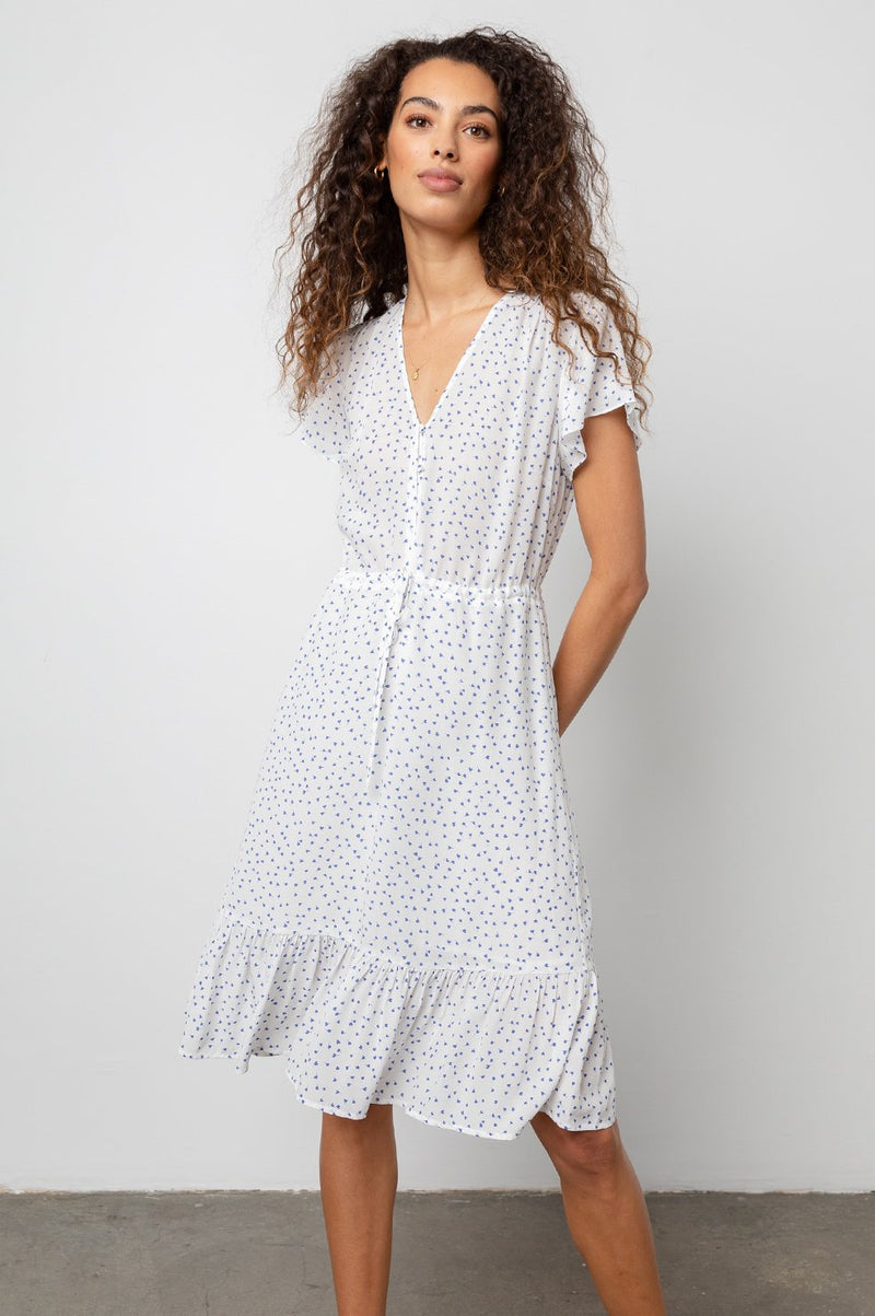 KIKI FLUTTER SLEEVE DRESS IN WHITE WISTERIA