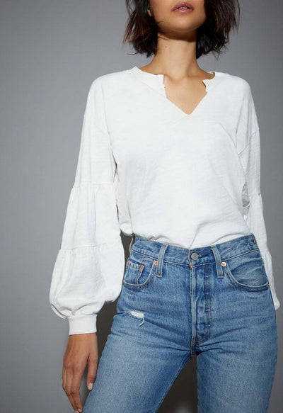 TEANNA LONG SLEEVE V-NECK TEE