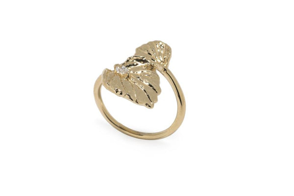 Viola Canadensis Double Leaf Ring With White Diamond