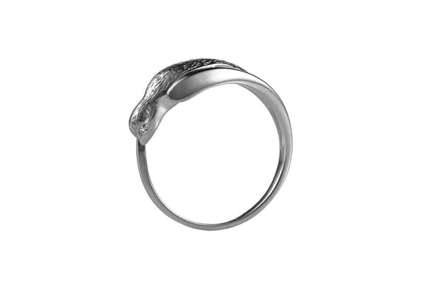 Single Swallow Ring With Diamond Eyes