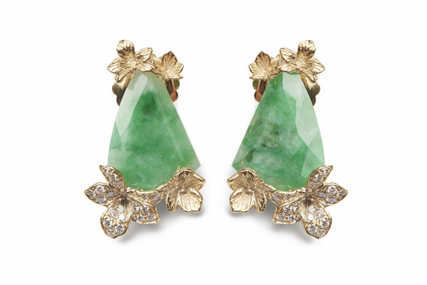 Viola Canadensis Animated Earring 18K Yellow Gold Jade