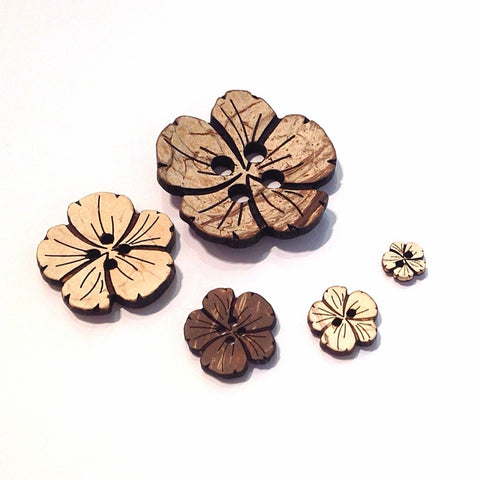 Flower-coconut-shell-button