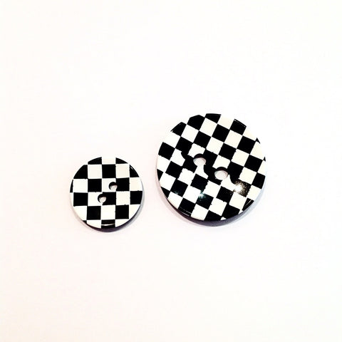 Chequered -patterned-Black- & -White -plastic-Buttons