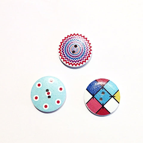 Wooden-painted-patterened-button