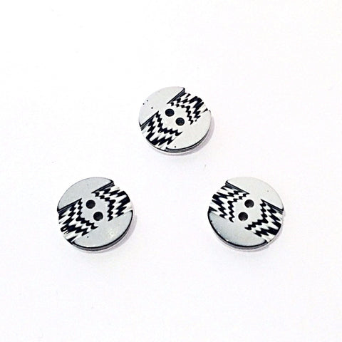 Black and White ZigZag Button