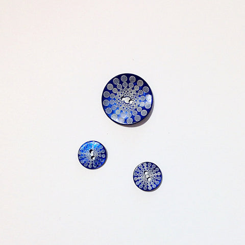 Natural Shell Circular Firework Button