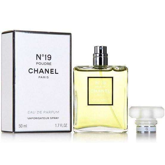 Chanel No 19 Poudre   Chanel For Her