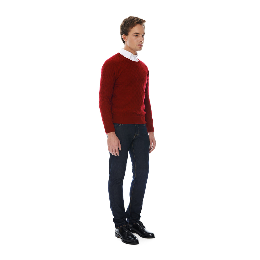 Lightweight crew neck cashmere sweater