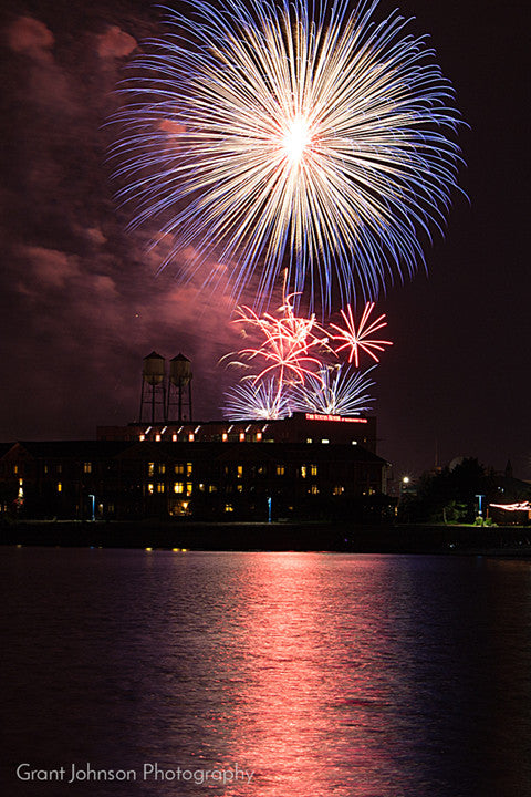 How to Photograph Fireworks by Grant Johnson Photography