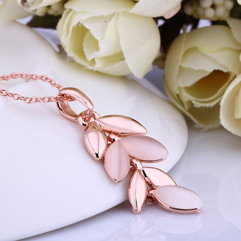 Rose Gold Plated Leaves Necklace
